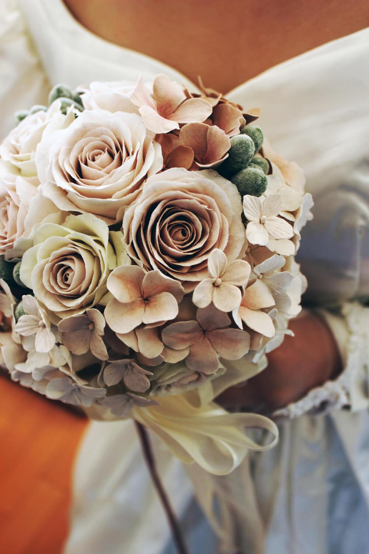 花嫁とアンティークブーケ